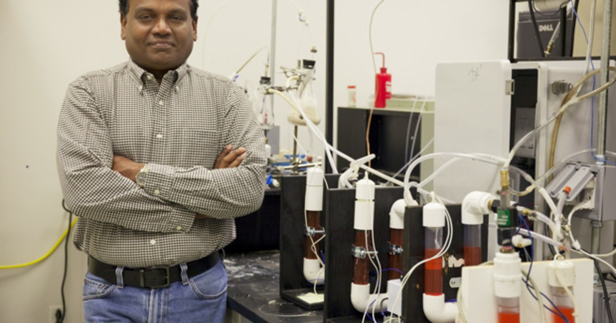 Cientistas transformam fezes e urina em combustível para foguete