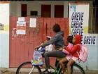Profissionais da educação de Cabo Frio fazem assembleia sobre greve