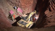 Bombeiros localizam corpo do operário que caiu em um poço em São Sebastião