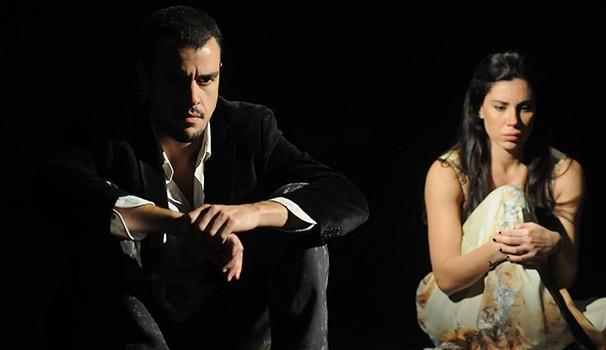 Joaquim Lopes e Roberta Alonso vivem um casal em crise (Foto: Dalton Valério)