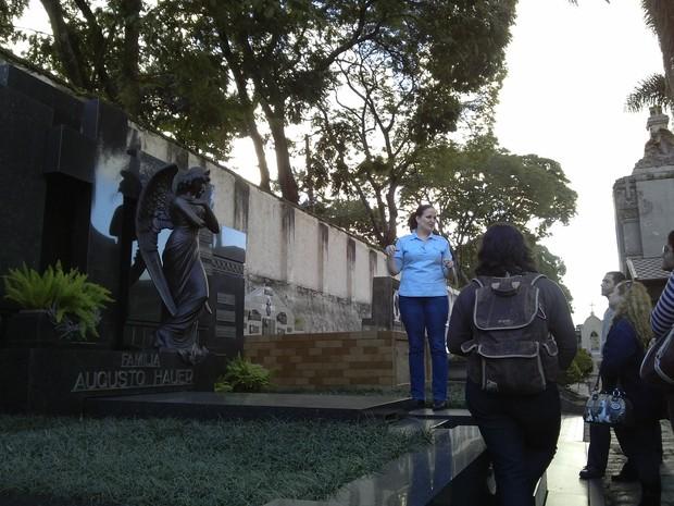 'Ainda quero promover uma visita à noite', diz Clarissa (Foto: Samuel Nunes/G1)