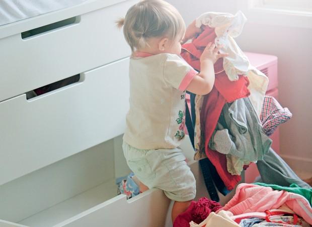 limites; crianca; bagunça; roupas (Foto: Christa Renee / Getty Images)
