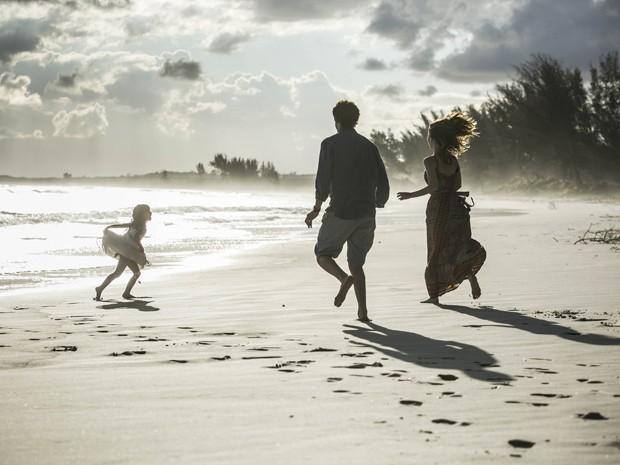 Família transborda alegria (Foto: Raphael Dias/Gshow)
