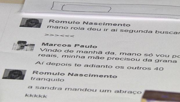 Mensagens trocadas pelo suspeito e pelo irmão mais velho das vítimas para combinar pagamento de dívida no DF (Foto: TV Globo/Reprodução)