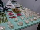 Dupla é detida com drogas, veículos, arma e munições em Oliveira