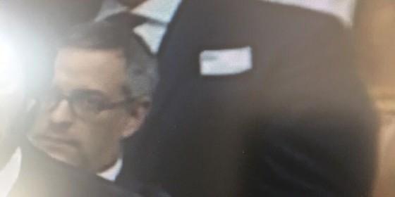 De óculos, o advogado Fernando Dantas (Foto: Reprodução)