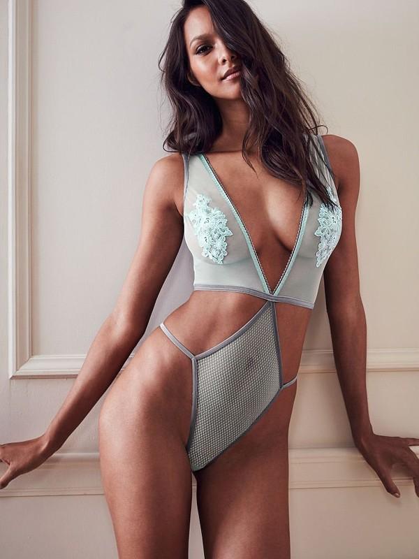 Lais Ribeiro em campanha da Victoria's Secret (Foto: Divulgação)
