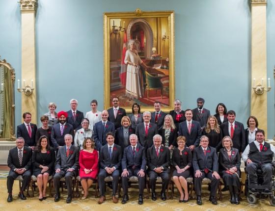 O diverso ministeriado de Justin Trudeau, primeiro-ministro do Canadá (Foto: Adam Scotti/ Divulgação)