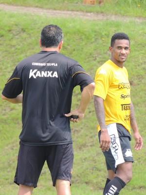 Eduardo Criciúma lateral (Foto: João Lucas Cardoso)