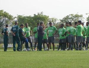 Geninho treino Portuguesa (Foto: Rodrigo Faber / Globoesporte.com)