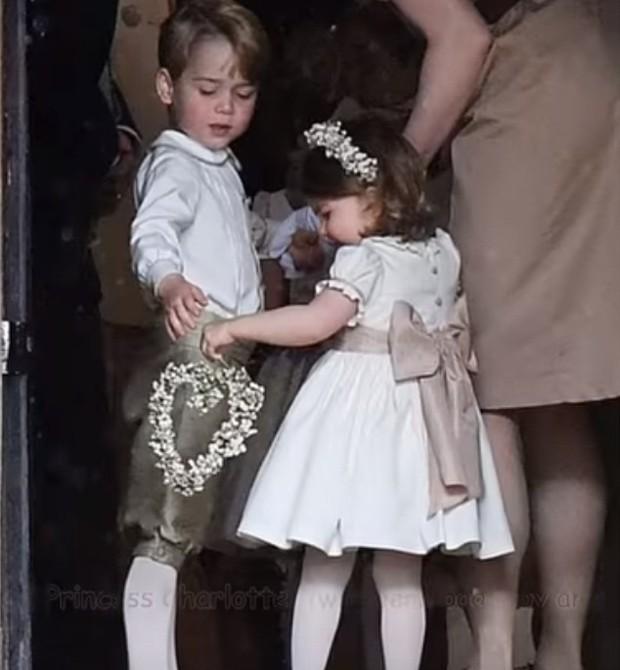George e Charlotte (Foto: Reprodução/Youtube)