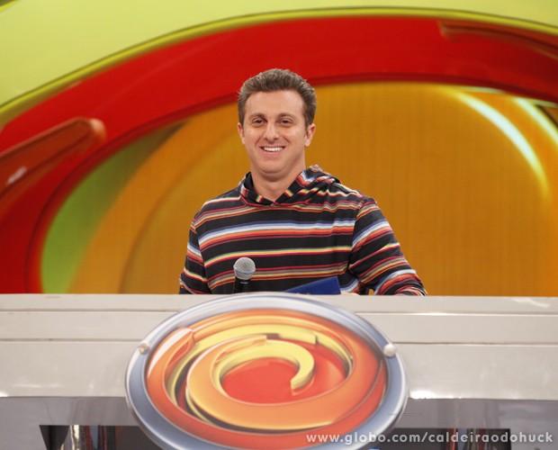 Luciano Huck no palco do Caldeirão (Foto: TV Globo/ Caldeirão)