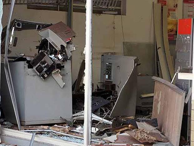 Banco Explodido na Bahia (Foto: Site Binho Locutor)