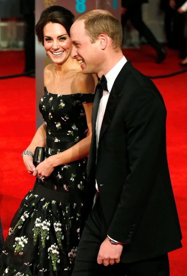 Princesa Kate MIddleton e príncipe William no BAFTA (Foto: Reuters agência)