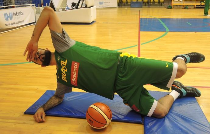 Vitor Faverani seleção brasileira basquete Hebraica (Foto: David Abramvezt)