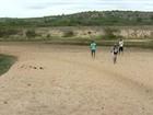 Rio que abastece lagoa Juparanã, em Linhares, no ES, está seco