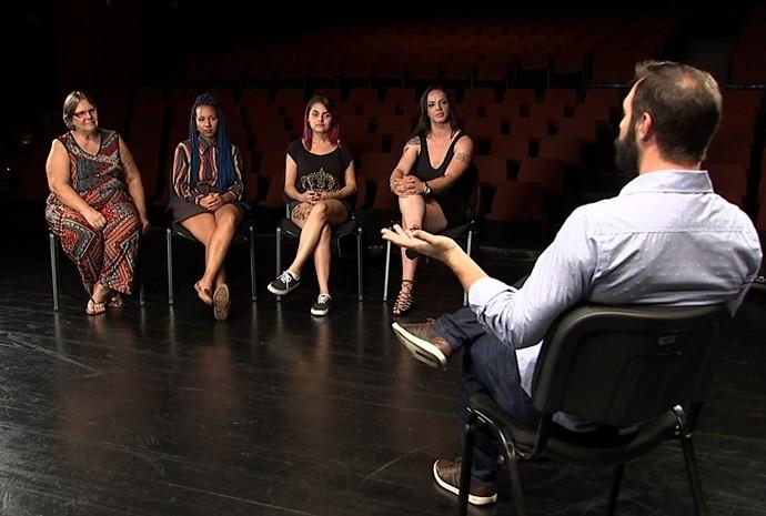 Mateus fez uma roda de discussão com quatro mulheres diferentes (Foto: Reprodução / TV TEM)