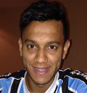 Souza grêmio ipad  (Foto:  Vitor Rodriguez/ Divulgação Grêmio)