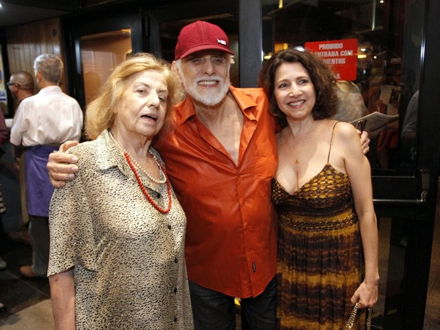 Jacqueline Laurence, Francisco Cuoco e Malu Valle em estreia de peça na Zona Sul do Rio (Foto: Marcos Ferreira/ Brazil News)