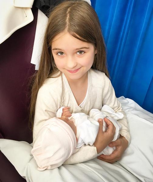 Luiza Valdetaro posta foto das filhas (Foto: Reprodução / Instagram)