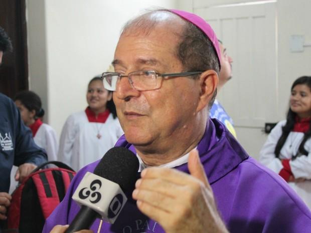 Arcebispo de Manaus, Dom Sérgio Castriani, prega o amor ao próximo e a caridade para uma vida plena (Foto: Ive Rylo)