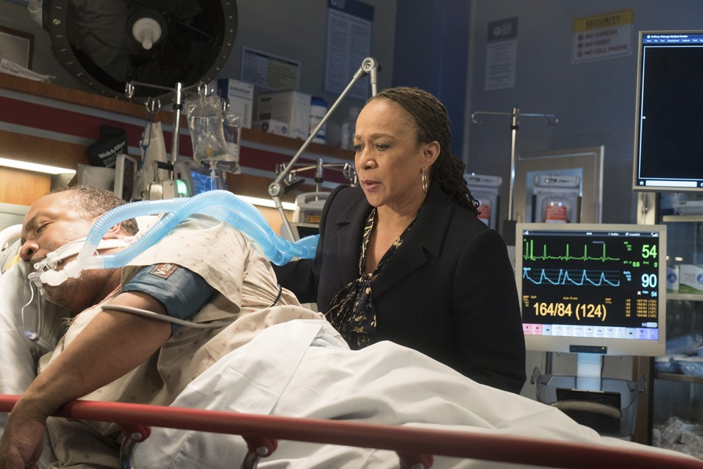 """""""Inherent Bias"""" (7Ep2T) (Foto: Chicago Med - Universal Channel)"""