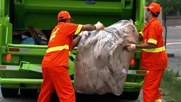 Ação: Lixo e inclusão social (Foto: Reprodução de TV)