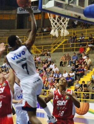 NBB: Franca x Basquete Cearense (Foto: Lucas Diniz/ Assessoria Franca)