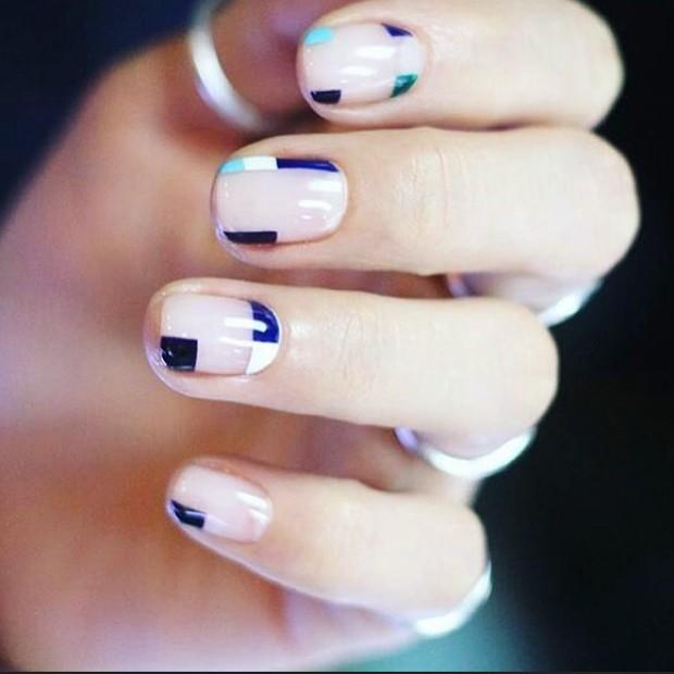 Inspire-se nas unhas mininalistas para mudar o visual (Foto: Reprodução / Instagram)