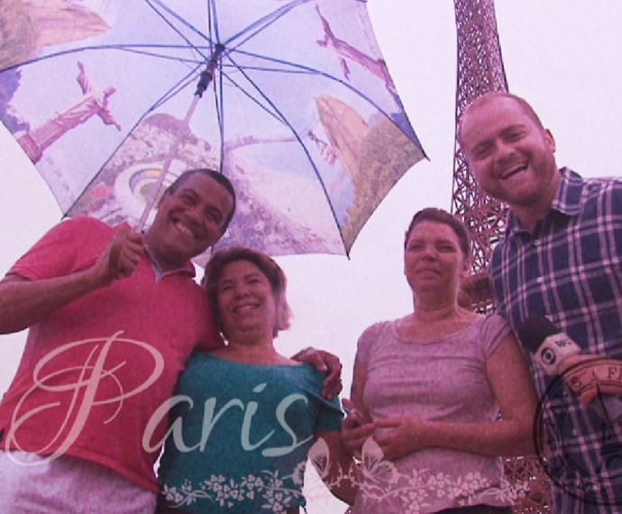 O Plug foi turistar na Torre Eiffel do Paraná (Foto: Reprodução/RPC)