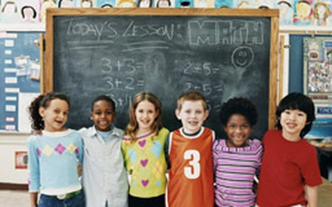 Antes de mudar a criança de escola, avalie: a troca é necessária?
