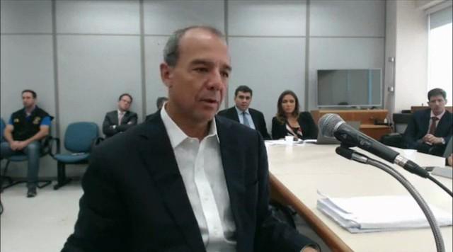 Defesa de Sérgio Cabral entra com recurso hierárquico administrativo