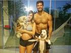 Aryane Steinkopf mostra foto 'em família' com Beto Malfacini e cãezinhos