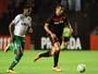 Sport atropela Chapecoense, chega a terceiro jogo sem derrota e sai do Z-4