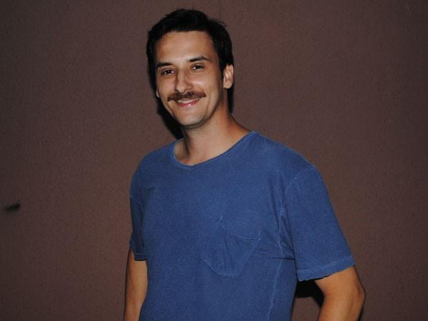 Maksin Oliveira, o Robson, se inspirou em amigo para inventar bordão (Foto: Malhação / Tv Globo)