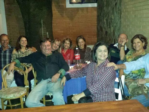 Grupo de solteiros de reúne em Campinas (SP) (Foto: Luiz Engler/ Arquivo pessoal)