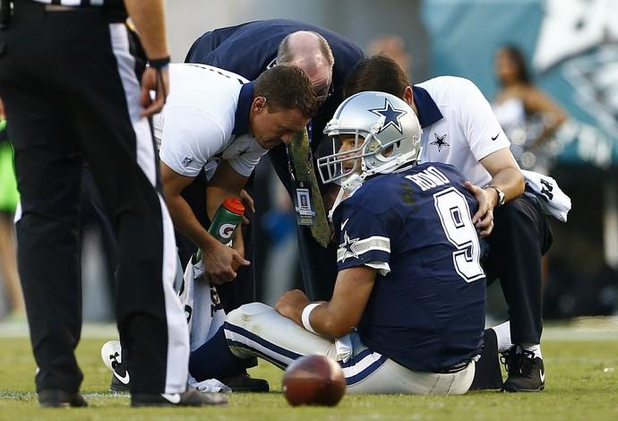 Dallas Cowboys Tony Romo se machuca NFL semana 2 (Foto: Getty Images)