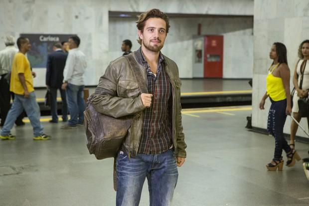 Felipe com seu novo visual na segunda fase da novela Além do Tempo (Foto: Globo/ Felipe Monteiro)
