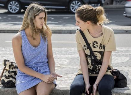 Ivana discute com Simone