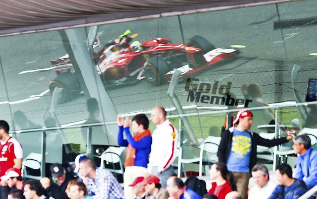 Felipe Massa Ferrari treino livre GP da Espanha (Foto: EFE)