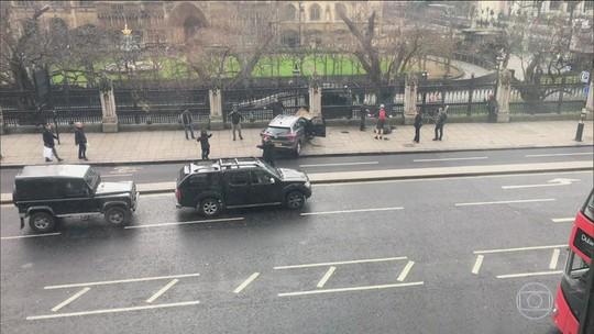 Terrorista que matou 4 nasceu na Inglaterra e era conhecido da polícia