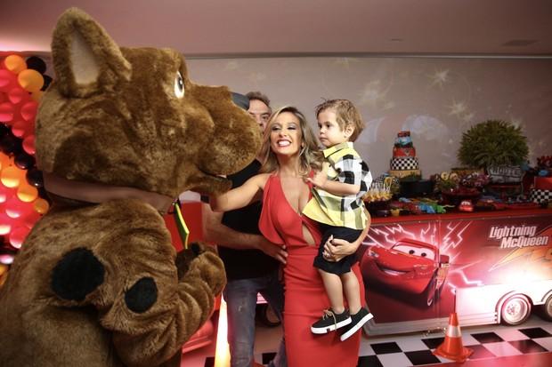 Luisa Mell e Enzo (Foto: Manuela Scarpa/Brazil News)