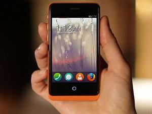 Smartphone da espanhola Geeksphone com o novo Firefox OS. (Foto: Reprodução)