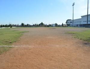 Campo de treinos Ecus Suzano (Foto: Bruno Rocha)