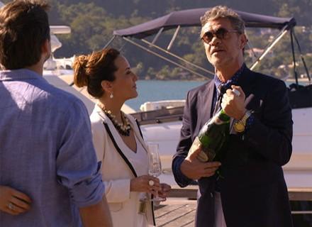 Final: Duque compra iate para Guiomar e o batiza com o nome da amada