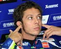 Valentino Rossi é denunciado por agressão a torcedora no paddock