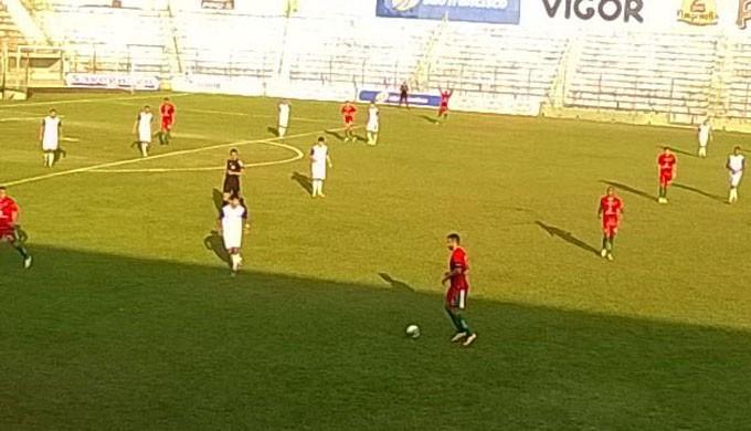 Boa Esporte bate o Guaratinguetá por 4 a 0 e garante vice-liderança no Grupo B (Foto: Edmar Mariano / Boa Esporte)