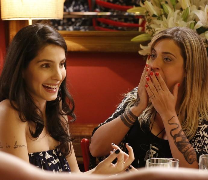 Duda anuncia que está grávida de gêmeos, e Úrsula fica surpresa (Foto: Ellen Soares/ Gshow)