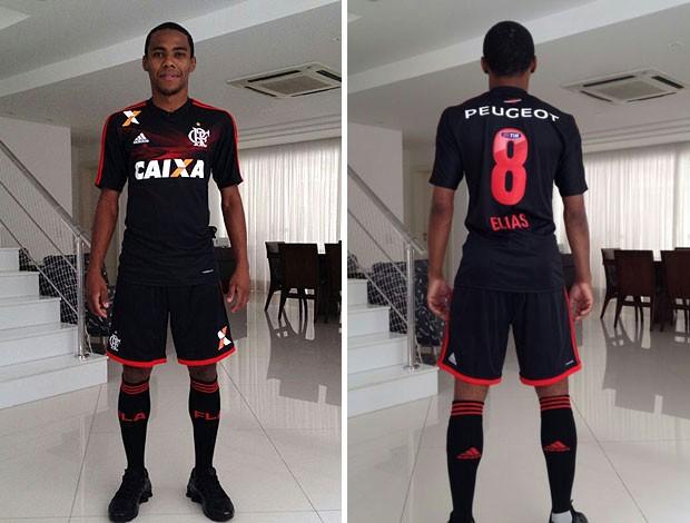 f3805161c2a7c Terceira camisa Flamengo Elias (Foto  Eric Faria   TV Globo)