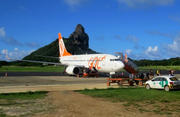 Avião da Gol em Noronha